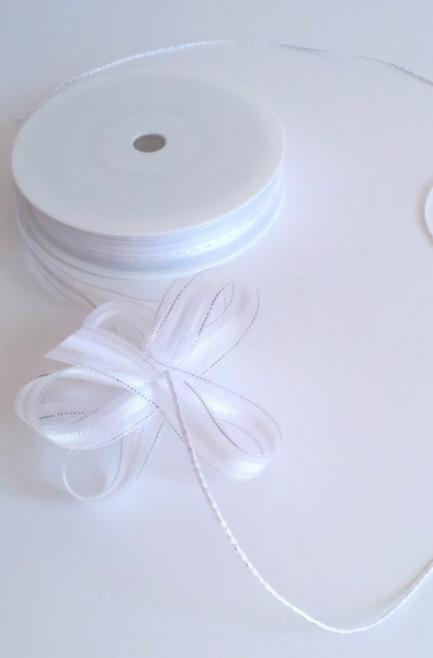 White Organza Pull Bow Ribbon 15mm x 25m 1