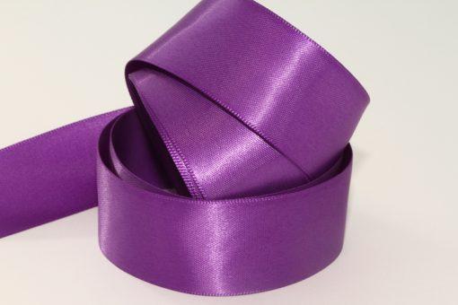 Damson Lt Purple ( Col 570 ) 1
